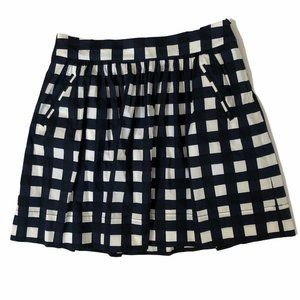 BANANA REPUBLIC BLUE AND WHITE SHORT SKIRT SZ 8
